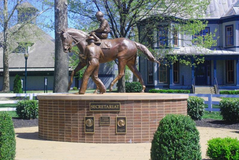 Памятник екретариату в Кентуки